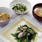 牡蠣と小松菜のにんにく炒め