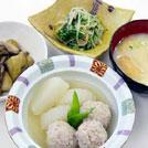 鶏団子と大根の白煮